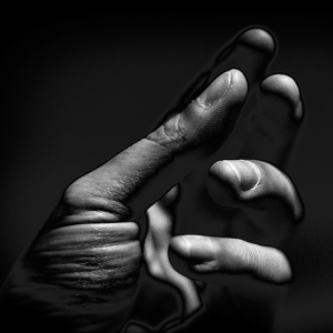 Egy bal kezem Ⓒ2014 Barna Deli